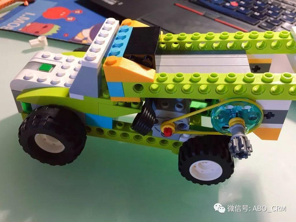 幼儿编程Scratch第31讲:垃圾车-乐高入门机器人-WeDo