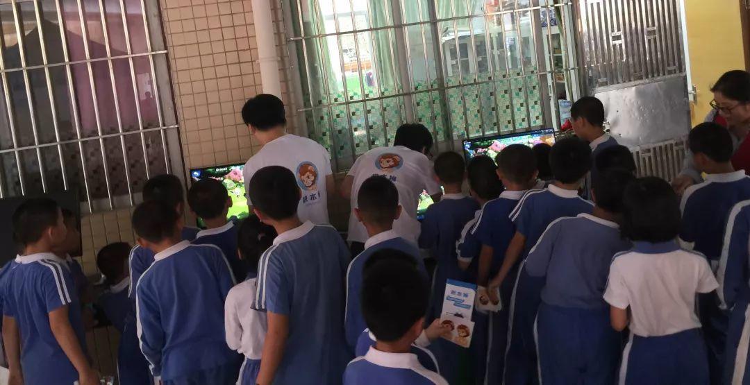 「校园课堂」积木狮带领孩子向快乐课堂出发